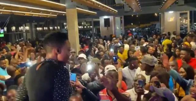 Nomcebo Zikode's show ignores lockdown rules, no face masks & social distancing