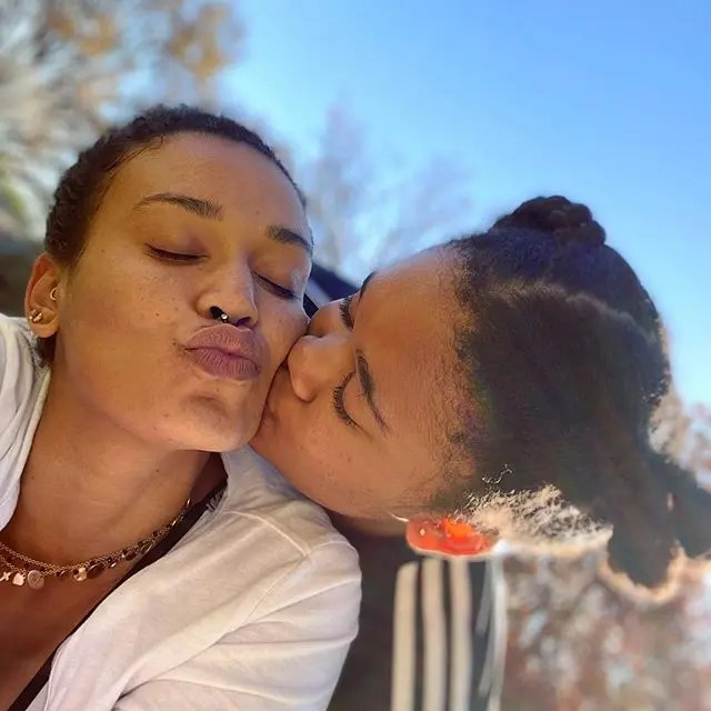 Pearl-Thusi-and-daughter-Thando