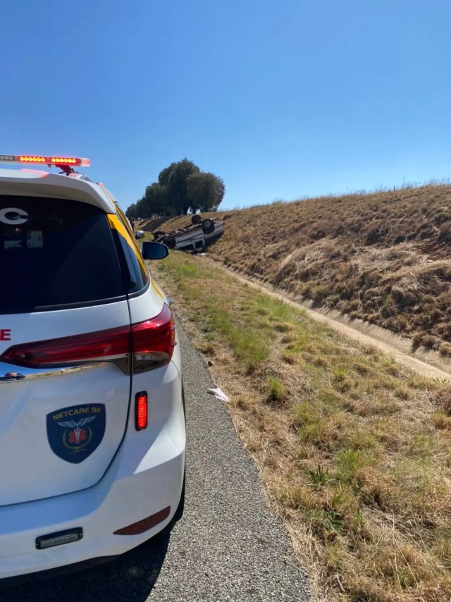 couple injured in rollover
