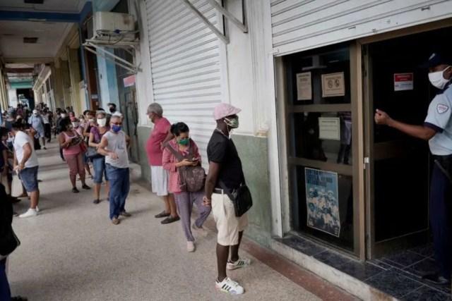 Cuba lifts Havana lockdown