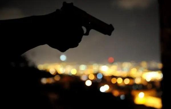 shoot gun