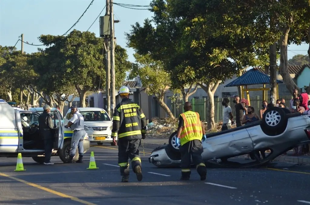 Shock as teenage girls flung out in speeding car accident, one dies