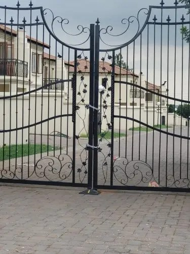 Families kicked out of Shepherd Bushiri complex, left on the street