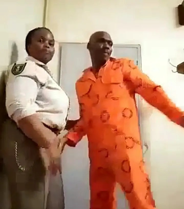 Prison Warder in viral s.e.x video with an inmate identified