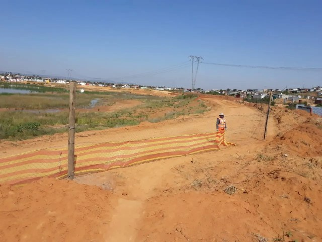fencing of Mamelodi quarry site