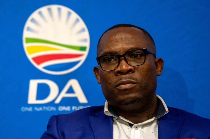 WC ANC wants suspended MEC Bonginkosi Madikizela's conduct investigated over CV matter