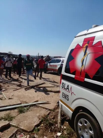 Child dies and 3 injured after car loses control in Kya Sands
