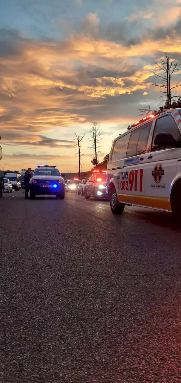 Seven injured in N3 truck crash