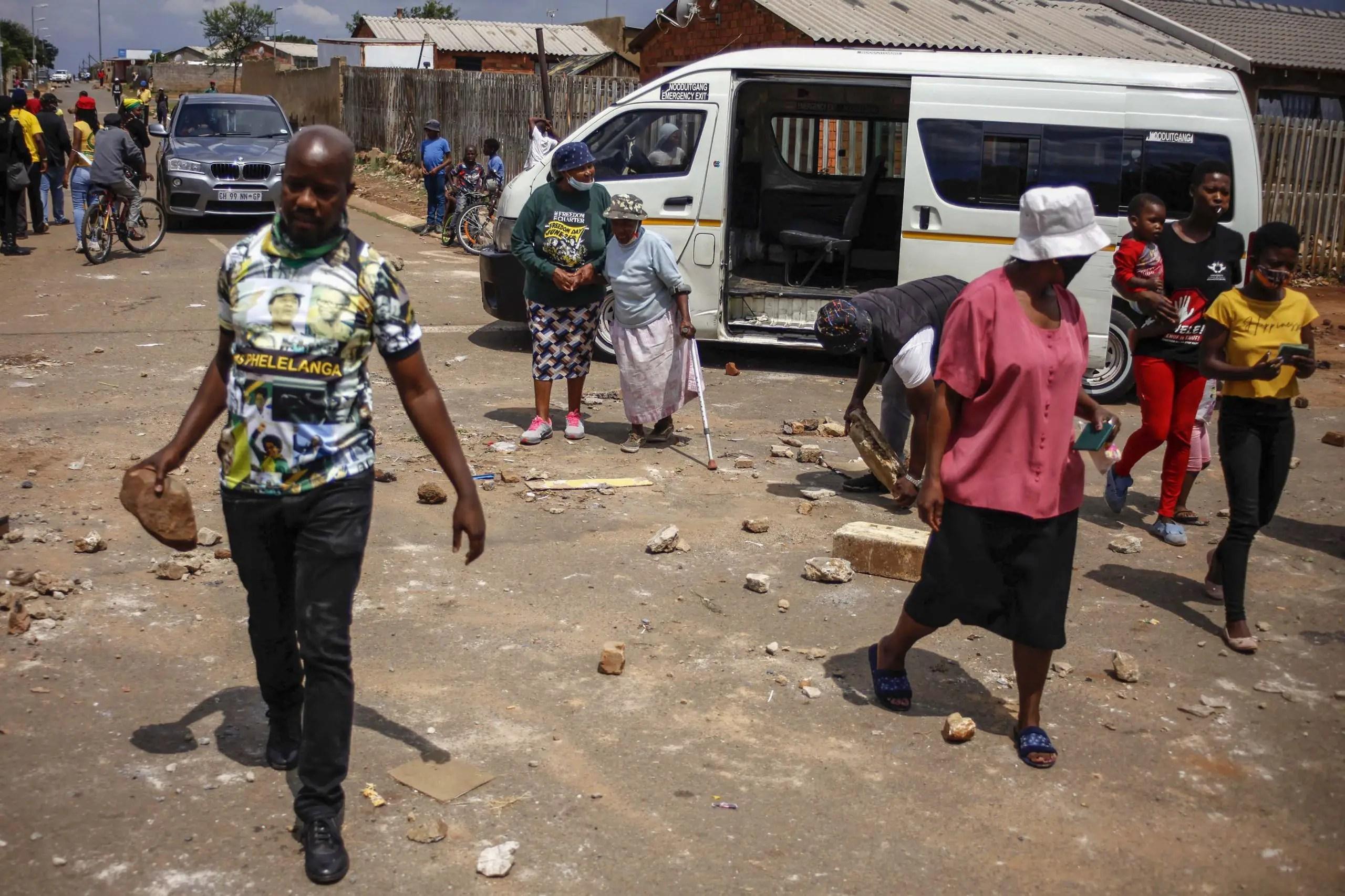 Naledi residents