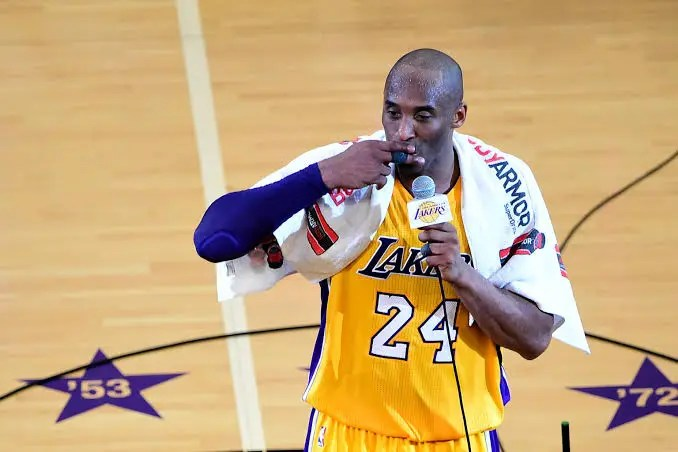 Late Kobe Bryant's towel sold for $33,000