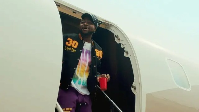 Davido talks about sending Nicki Minaj a DM
