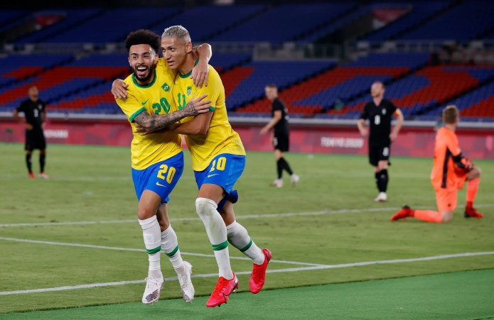 Tokyo Olympics: Brazil held by Ivory Coast and Argentina clinch on new hope
