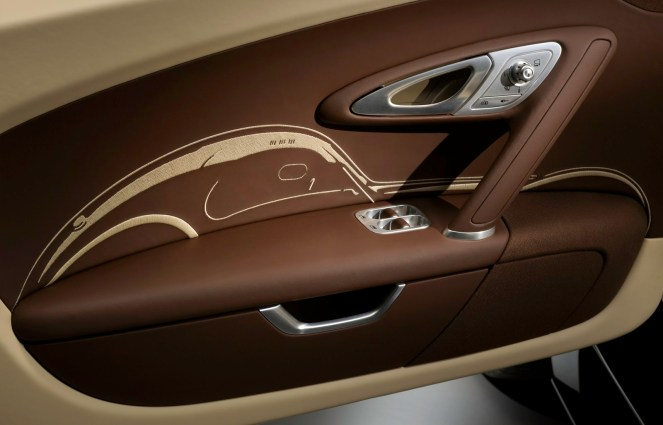 015_jean-bugatti_legend_stitching_door