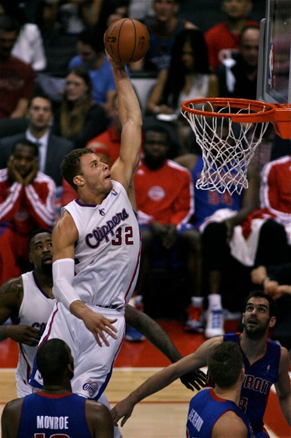 Blake Griffin of the Los Angeles Clippers powers his way for a thunderous dunk against the Detroit Pistons. Photo Credit: Jon Gaede/News4usonline.com