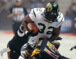 LA Kiss J.C. Neal tries to slow down Odie Armstrong of the Cats for one of team high twelve tackles. Photo Credit: Jordon Kelly /News4usonline.com
