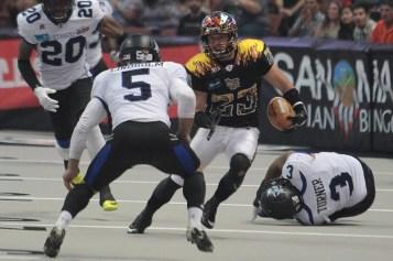 Kiss - AJ Cruz 9 Kickoff Returns for 249 yards. Photo by Jevone Moore / News4usonline.com