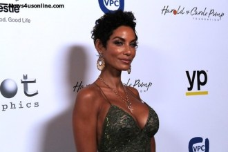 Nicole Murphy lit up the red carpet. Photo Credit: Dennis J. Freeman/News4usonline.com