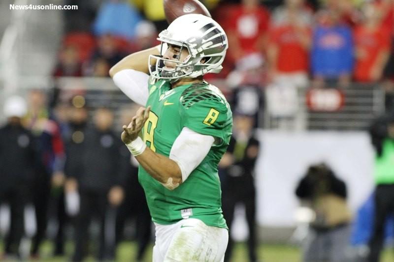 Oregon quarterback Marcus Mariota won the Heisman Trophy with a sensational 2014 college football season. Photo Credit: Jevone Moore/News4usonline.com