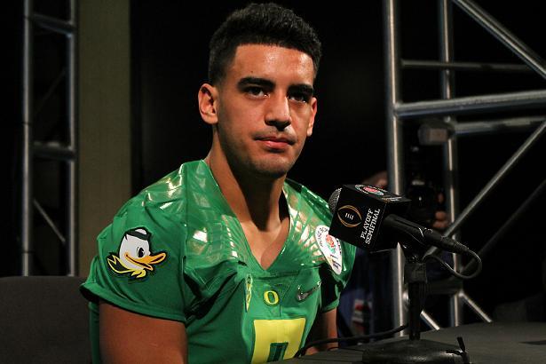Oregon quarterback Marcus Mariota: calm, cool and collected. Photo Credit: News4usonline.com
