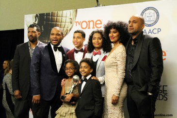 Anthony Anderson and the cast of Black-ish had a big night at the 46th NAACP Image Awards. Photo by Dennis J.. Freeman/News4usonline.com