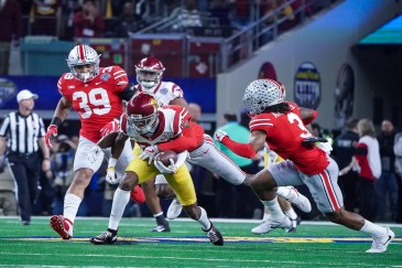 The Ohio State defense clamped down on the offensive unit of USC, holding the Trojans to just one score in the Buckeyes' 24-7 win at AT&T Stadium. Photo by Michael Lark for News4usonline