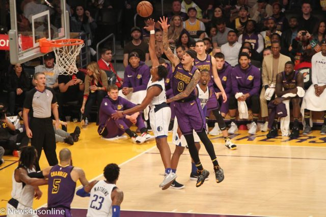Lakers versus Mavericks
