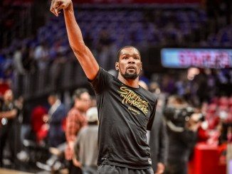 Kevin Durant shooting the basketball