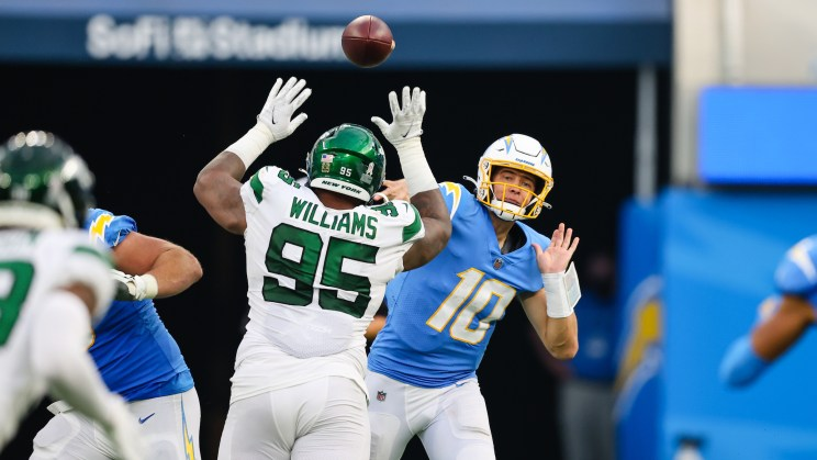 Quarterback Justin Herbert (10) passed for 366 yards and three touchdowns to guide the Los Angeles Chargers to a 34-28 win against the New York Jets. Photo credit: Los Angeles Chargers