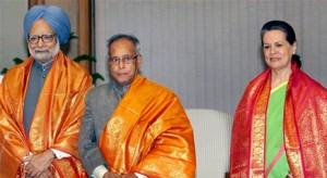 Sonia names Pranab for President