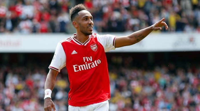Arsenal tie down Pierre-Emerick Aubameyang with new three-year deal