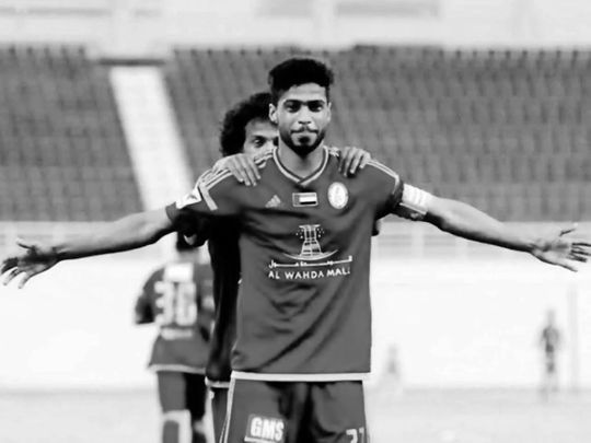 Emirati footballer Sultan Saif, wife and son die in a traffic accident