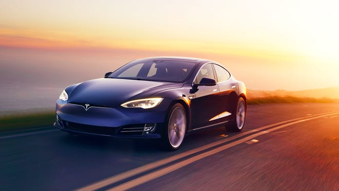 Tesla Model S goes through second price cut, starting at $69,420