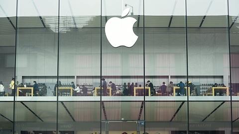 Apple settles battery case for $155 million | Sky News Australia