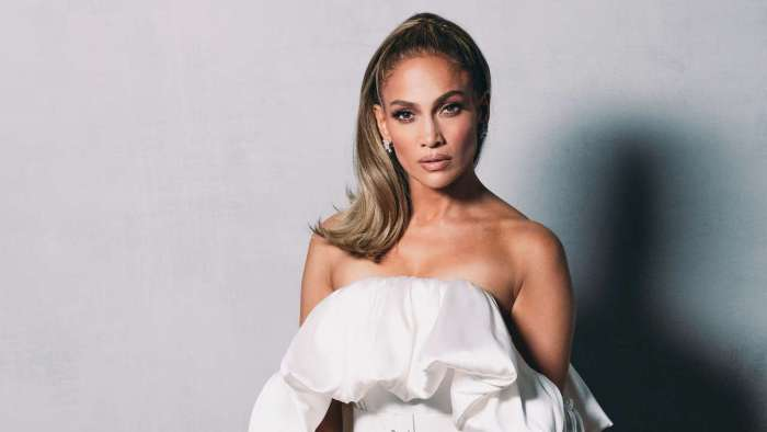 Jennifer Lopez gives inspiring speech as she wins People's Icon of 2020 at PCA