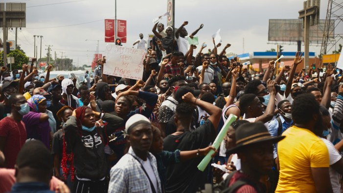Powerful photos of the Lagos youth protesting police brutality