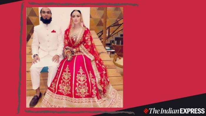 Sana Khan gets married in a lovely traditional red and gold lehenga