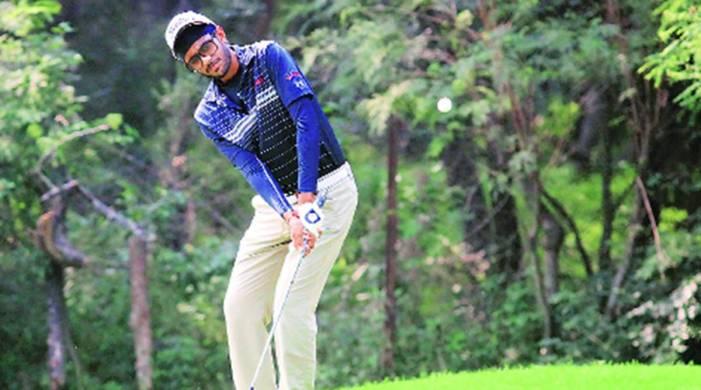 Was under pressure on last 3 holes but hitting the ball good helped me: Karandeep Kochhar