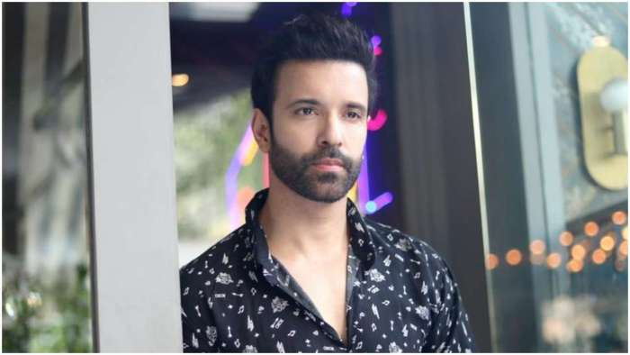 DNA Exclusive! Remember laughing when I was being narrated the role of Eddie for 'Black Widows': Aamir Ali