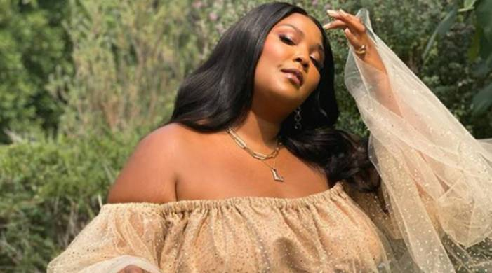 Lizzo slams trolls who criticised her 10-day smoothie detox; says it's not for weight loss