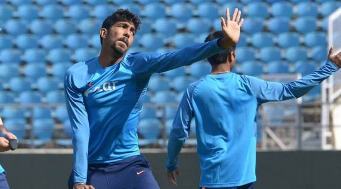 Wanted 11 fit Indians: Team sweats over injury to Bumrah