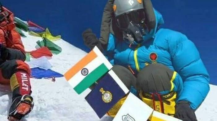 2 Indians banned after Mount Everest summit climb found to be fake