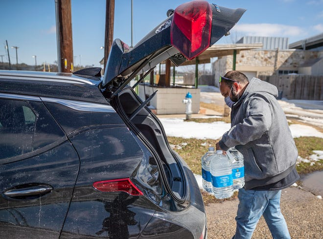 Millions of Texans still feeling the effects of water disruptions after last week's brutal Arctic blast