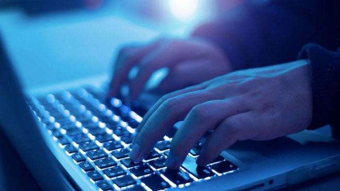 Nearly 40,000 Macs infected by mysterious malware, researchers say