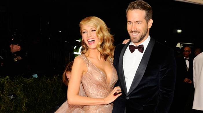 Ryan Reynolds just coloured Blake Lively's hair; watch the sweet video