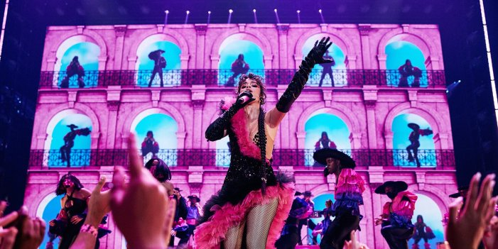 ¡Oye! Camila Cabello Spices Up the 2021 MTV VMAs with Dance-Filled 'Don't Go Yet' Performance