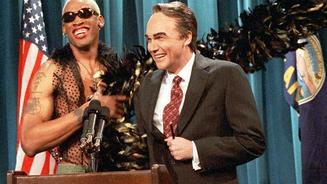 'SNL' veteran and comedian Norm Macdonald dies of cancer at 61