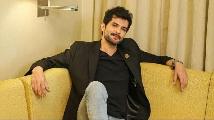 Karan Johar calls Raqesh Bapat's remarks 'sexist', apricates Moose Jattana's stand