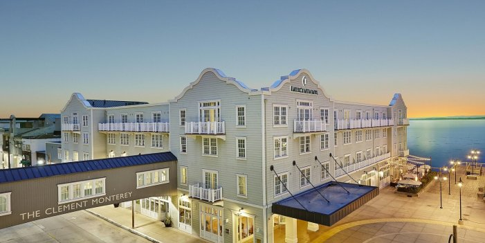 Monterey, California luxury hotel with panoramic ocean views and coastal charm! — tripRes