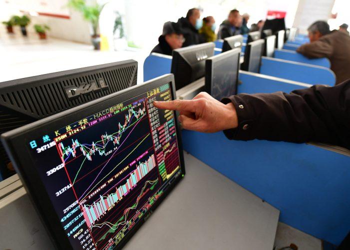 Veteran fund manager reveals 4 of his favorite large-cap global stocks