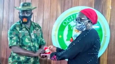 Photo of Chief Of Army Staff Buratai Commends Gov. Abiodun's Measures In Tackling COVID-19